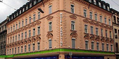 Забронировать Hotel Caroline