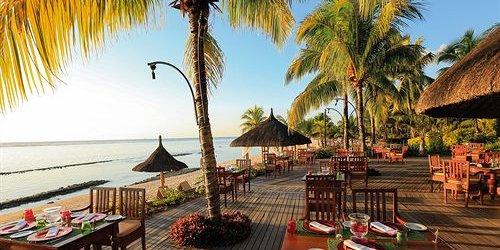 Забронировать Beachcomber Le Victoria Hotel