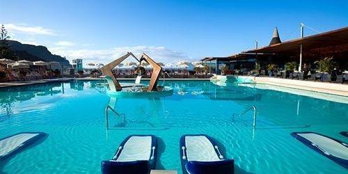 Забронировать Hotel Riviera Beach & Spa