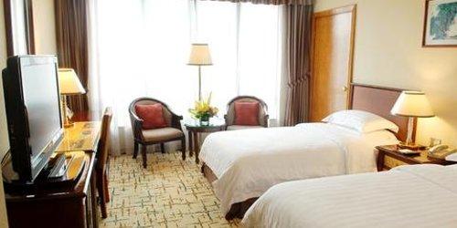Забронировать Yinhe Dynasty Hotel