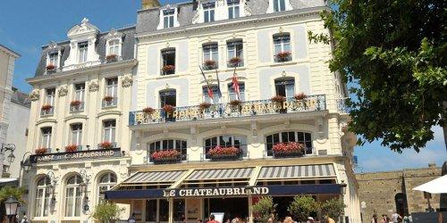 Забронировать Hotel De France et Chateaubriand