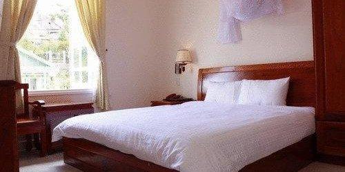 Забронировать YK Home Villa Dalat Hotel