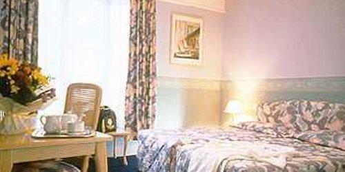 Забронировать Inter-Hôtel Notre Dame
