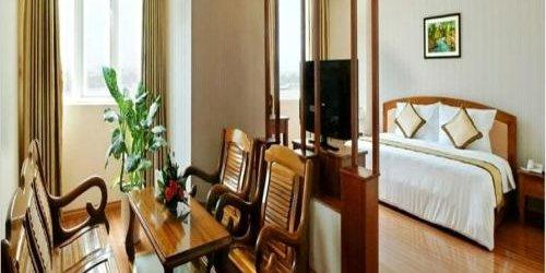 Забронировать Bamboo Green Hotel