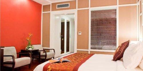 Забронировать Royal Lotus Hotel Ha Long