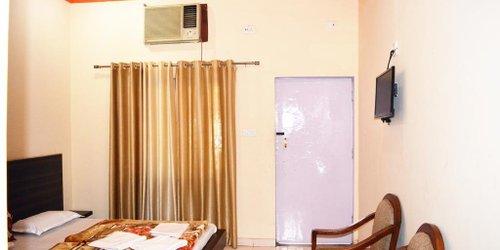 Забронировать Hotel Goverdhan Tourist Complex