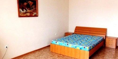 Забронировать Apartamenty Uyutniy Dom Alekseeva 22