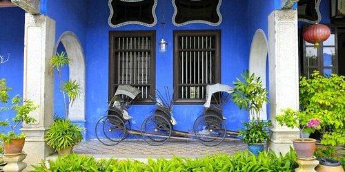 Забронировать The Blue Mansion by Samadhi