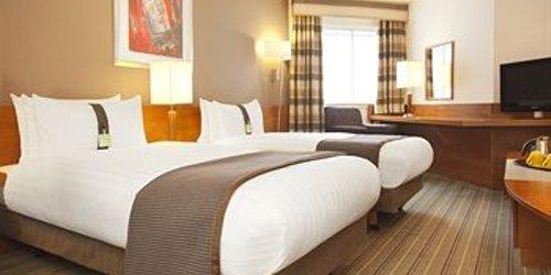 Забронировать Holiday Inn London Heathrow