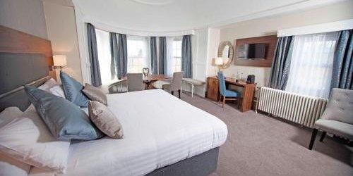 Забронировать Best Western Chilworth Manor Hotel