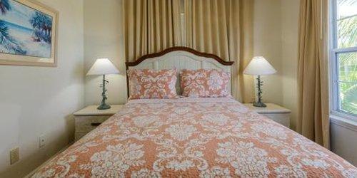 Забронировать Coconut Mallory Resort and Marina