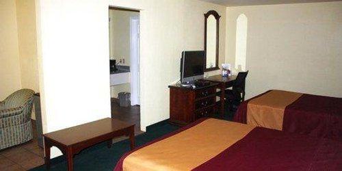 Забронировать Americas Best Value Inn & Suites