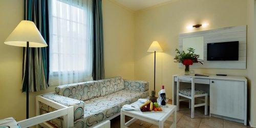 Забронировать Euphoria Palm Beach Resort