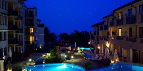 Забронировать Private Apartment in The Cliff Resort
