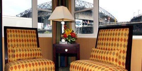 Забронировать Silver Cloud Hotel - Seattle Stadium