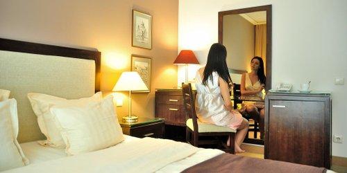 Забронировать Velina Spa Hotel