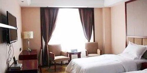 Забронировать HUITONG JIANGUO HOTEL