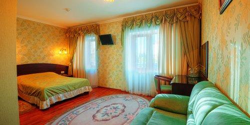 Забронировать Savoy Petit Hotel