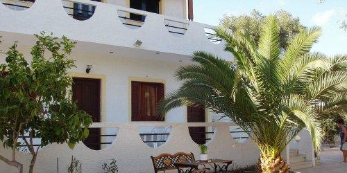 Забронировать Olympia Paxos Villas & Apartments