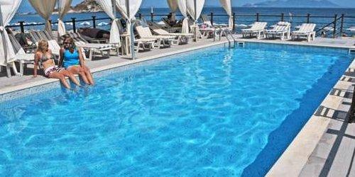 Забронировать Sacallis Inn Beach Hotel