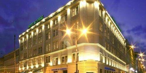 Забронировать Hotel Rzymski