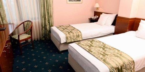 Забронировать Hotel Glam