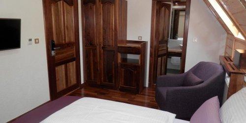 Забронировать Plitvice Ethno House