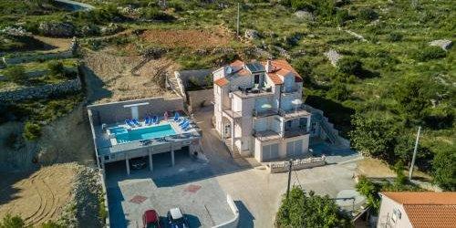 Забронировать Apartments Pušić