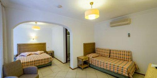 Забронировать Assos Eden Beach Hotel