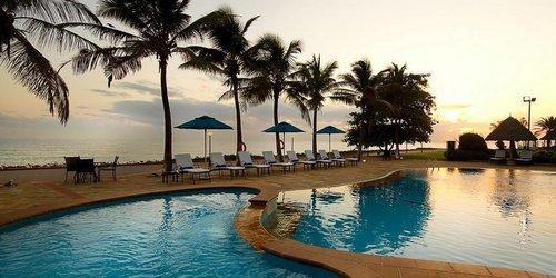 Забронировать Sea Cliff Hotel