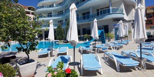 Забронировать Hotel Blue Bay
