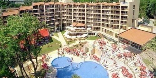 Забронировать Madara Park Hotel - All inclusive