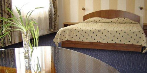 Забронировать Finlandia Hotel