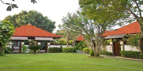 Забронировать Grand Istana Rama Hotel