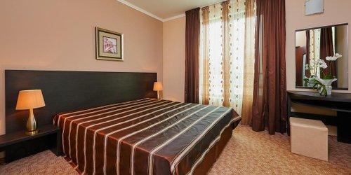 Забронировать Central Plaza Hotel