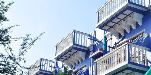 Забронировать Mayflower Beach Resort