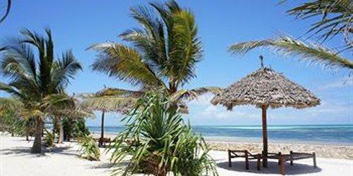 Забронировать Uroa Bay Beach Resort