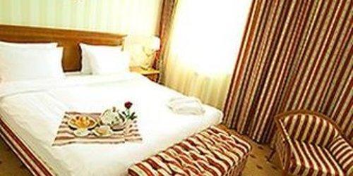 Забронировать Grand Tien Shan Hotel