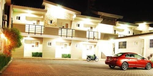 Забронировать Rumi Apartelle Hotel