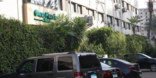 Забронировать Green Plaza Inn Hotel Alexandria