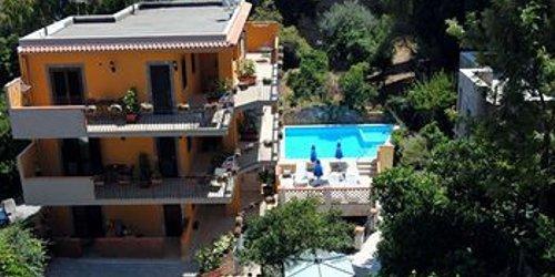 Забронировать Residence Villa Il Glicine