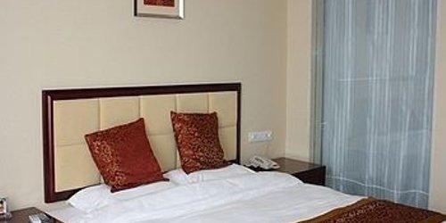 Забронировать Wangfu City Hotel