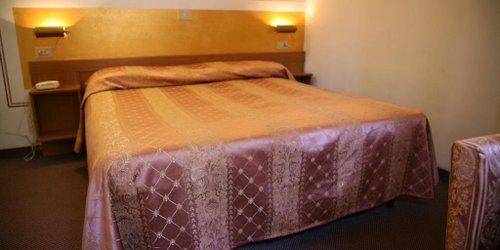 Забронировать Hotel Giovanna