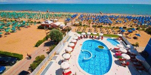 Забронировать Baia Del Mar Suite Hotel