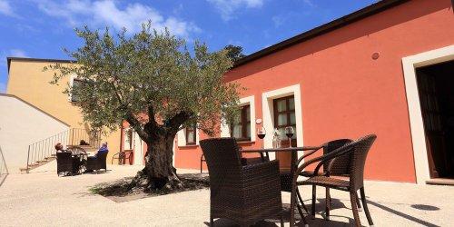 Забронировать Alghero Resort Country Hotel