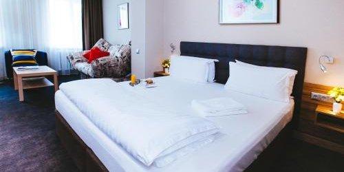 Забронировать Torgay Hotel