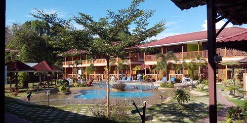 Забронировать Purnama Beach Resort