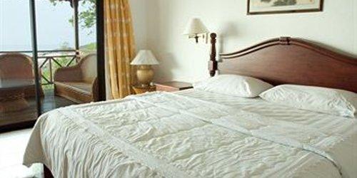 Забронировать Minang Cove Resort