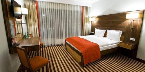 Забронировать Hotel Poznański