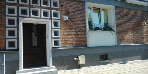 Забронировать Old Town Hostel
